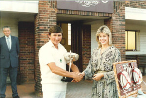 1984 Ingham captain Paul Borrett  receives the Carter Cup from Louise Wheeler